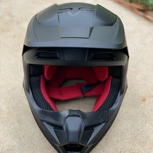 NWOT Fox Kids dirt bike helmet